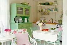 Cozy Cottage Vintage Whimsy / Cozy and warm, with vintage accents and a touch of whimsy