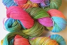 coloring wool