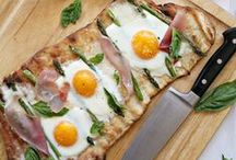 Pizza Recipe Love / Pizza? I could basically eat it every day.  / by Brandy O'Neill | Nutmeg Nanny