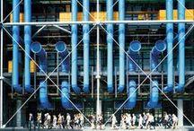 """Architecture - Le Centre Pompidou / Conçu comme un """"diagramme spatial évolutif"""" par ses architectes, Renzo Piano et Richard Rogers.. / Designed as an """"evolving spatial diagram"""" by architects Renzo Piano and Richard Rogers: https://www.centrepompidou.fr/en/The-Centre-Pompidou/The-Building"""