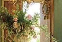 Decorating Design / by Marianne Frangos