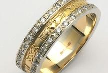 Rings / by Lakeside Weddings