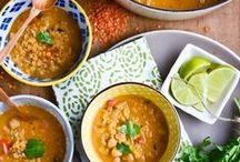 Veggie Soups & Stews / by Lindsay Valentino
