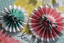 PAPER FLOWERS / Scrapbooking project and other craft with paper flowers