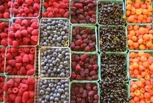 Favorite Farmers Markets / We love farmers markets.  We love to post about our favorite farmers markets around the country. / by Urban Renewal