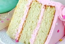 Cupcakes/Cake / Birthday cakes, cupcakes, poke cakes, dump cakes....you name it find cake recipes of all kinds!