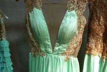 Clothing: Dresses