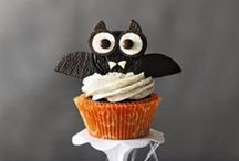Boo to You! / Inspiration for decorations, entertaining, snacks, baking, crafts, games...