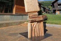 Wood'n'Art / Simposio Internazionale di Sculture di Legno. Una competizione/esposizione organizzata da Vania e Nada Cusini con la consulenza artistica di Luca Rendina, che porterà artisti, tecniche e opere d'arte fuori dagli ambienti chiusi dei loro studi.