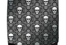 Skull(e) bare