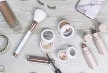 Makeup Flatlays / Flatlay photos are so beautiful and unique.  This board showcases the flat lay using makeup and beauty products.  These makeup flatlys display shadows, blushes, foundation and even makeup brushes.