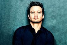 Hotness / Jeremy Renner.... need I say more?!?!?!