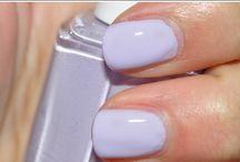 Purple & Violet Nails