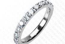 Sizzling Wedding Rings / Admirable Wedding Collection of Beautiful Wedding Rings for both Groom and Bride. Follow the keyword for latest updates #Weddingrings. and Checkout the Latest Collection of Wedding Rings by Following this link http://bit.ly/BSWedding