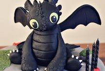 Vos héros sur des gâteaux ! / Retrouvez ici les plus belles créations de cake design, de cake decorating ou encore de cupcakes sur le thème de nos chers dessins animés ! Ce tableau réunira aussi bien des Disney, comme des Pixar, pourquoi pas même du Marvel ou du DC ! Némo, Aladin et les Aristochats sont à l'honneur !