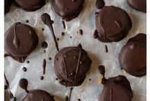 sweet yummies! / by Nicole Willard