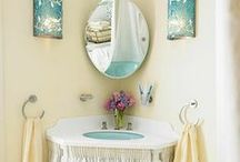 Bathrooms / by Tara Parmer Eastman