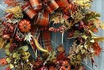 Wreaths / by Dawn Jetchick