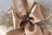 Crafts -- DIY Gift Wrapping / by Marliss Bombardier
