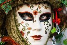 Carnival & Mardi Gras / Costumes, Food, Decorations