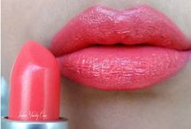 Gorgeous Lips / by Denise Cornejo
