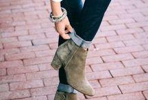 Shoe Heaven  / by Jasmine Cline-Bailey