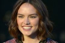 Daisy Ridley / Daisy Ridley style, fashion, and fan photos.  Daisy Ridley plays 'Rey' in 'Star Wars: The Force Awakens'.