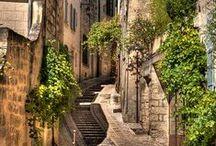 Notre belle Provence / Notre hôtel se niche au coeur de cette belle région. Découvrez-la en image !