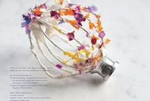 Edible Flower Delights / Violets, primroses, lilac, pansies, roses, orange blossom, thyme flowers... delightful recipes both savoury and sweet which use flowers for flavour... and fabulous presentation.