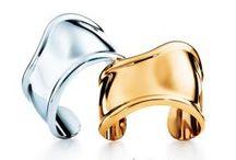 Elsa Peretti® Designs / The designer's iconic style revolutionized 20th-century jewelry.