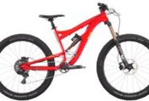 """2015 27.5"""" Full Suspension / Diamondback's All Mountain full suspension range employs a plush and efficient suspension platform coupled with a larger 27.5"""" wheel. The outcome is that you have a ride that pedals and rolls well and that also has the geometry and travel to absorb all that gravity inspired terrain has to throw at you"""