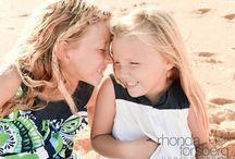 Kauai Children's Photography. Hanalei Bay portrait photography beach / Kauai Photographer         Rhonda Forsberg Photography. Children's Photography.   Real moments.