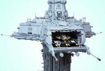 Lego machines, buildings, spacecraft & robots / Various custom made lego creations.