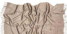 Plaids & Decken / schöne Kaschmirplaids & Decken - feine Accessoires für zu Hause und zarte Schmeichler für die Haut