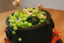 Cake Decorating- Holiday / by Tracy B