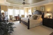 Bedrooms / by Debbie Haldeman