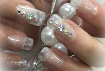Professional Nails At Natural Solutions, Salem OH 44460 / Natural Solutions provides an extensive range of nail services such as acrylic and gel, shellac as well as spa mani and pedicures. Here are looks that have been done our professionals