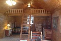 Cabin-Tiny House / by Sherian McCoy-Oakley