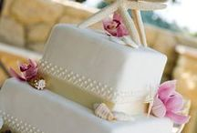 Wedding Cakes and Cupcakes / Weddings Cakes, wedding cupcakes and tasty treats for your destination wedding
