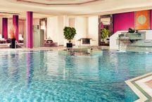 Amazing Pools / by Kristi Stout-Champion