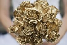 Color: Gold / Everything that glitters is definitely gold on this board! / by WeddingMoons