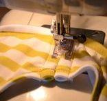 S E W I N G / Ondanks dat ik zelf geen goede naaister ben, is dat iets wat ik wel graag zou willen leren! Op dit bord alle inspiratie én naaitips die me handig lijken.   ~~~ naaien, naaitips, naaimachine, naaipatroon, naaipatronen, stoffen, tips ~~~