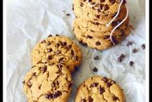 Healthy Cookie Recipes | Healthy Cookies / Easy healthy cookie recipes so you can snack without the guilt. Here you'll find low calorie cookies, flourless cookies, cookies with no sugar and cookies for kids.