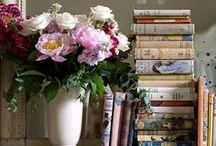 design: book-filled homes. / Book Shelf Design and Ideas for a Home Library, a Creative Book Display, and/or a Reading Nook