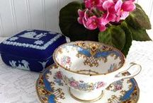 Tea Time, Tea Party, Afternoon tea / My favorite afternoon time! A way of life, source of joy and sharing.  http://www.antiquesandteacups.com http://www.timewasantiques.net http://www.antiquesandteacups.etsy.com