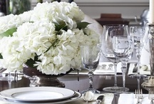 entertaining: tablescapes. / Beautiful dinner party tables capes can enhance all of your senses.