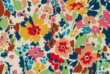 pretty prints / by Nicole Rosales