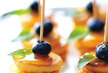 BRUNCH / Brunch ideas, Fast brunch ideas, Brunch, Breakfast, baked goods, best egg recipes, Jam, crockpot eggs, pancakes, bridal shower ideas, bacon, Mimosa bar, Mimosa recipes