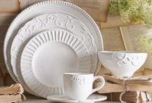 Kitchen/ Dish Sets/ Table Settings