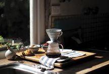 | coffee | / café · chemex · hario v60 · cafeteira italiana · café da manhã · coffee · café filtrado · flat lay